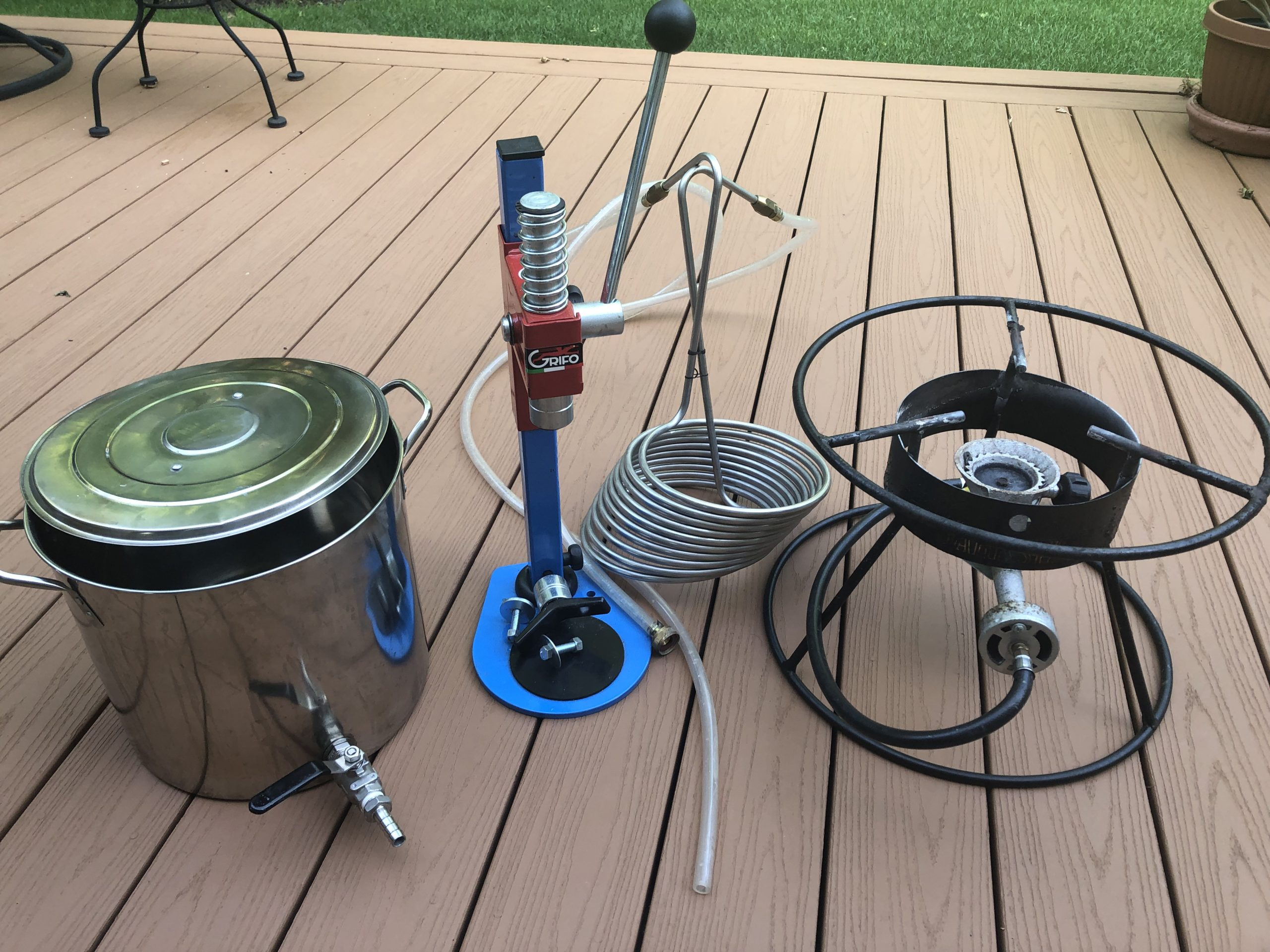 buying homebrewing equipment
